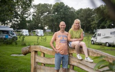 Nieuwe camperplek van Edwin en Desirée  Lohuis meteen geliefd bij toeristen